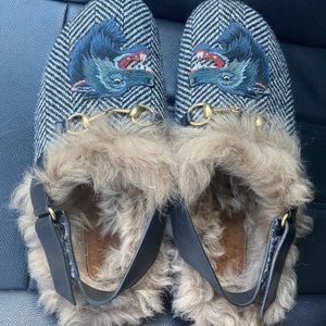 Gucci Men's Fur Herringbone Slippers Wolf Head